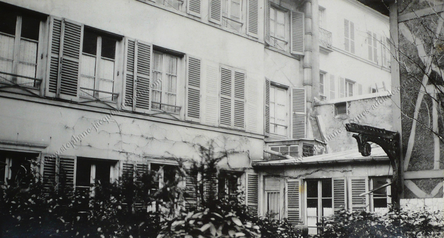 Anonyme - L'immeuble original avant l'intervention de Louis Süe 1925